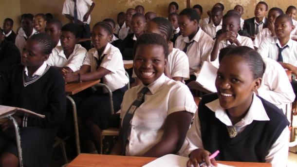 south-africa-schools-education-racism-nationalturk-0455-610x343